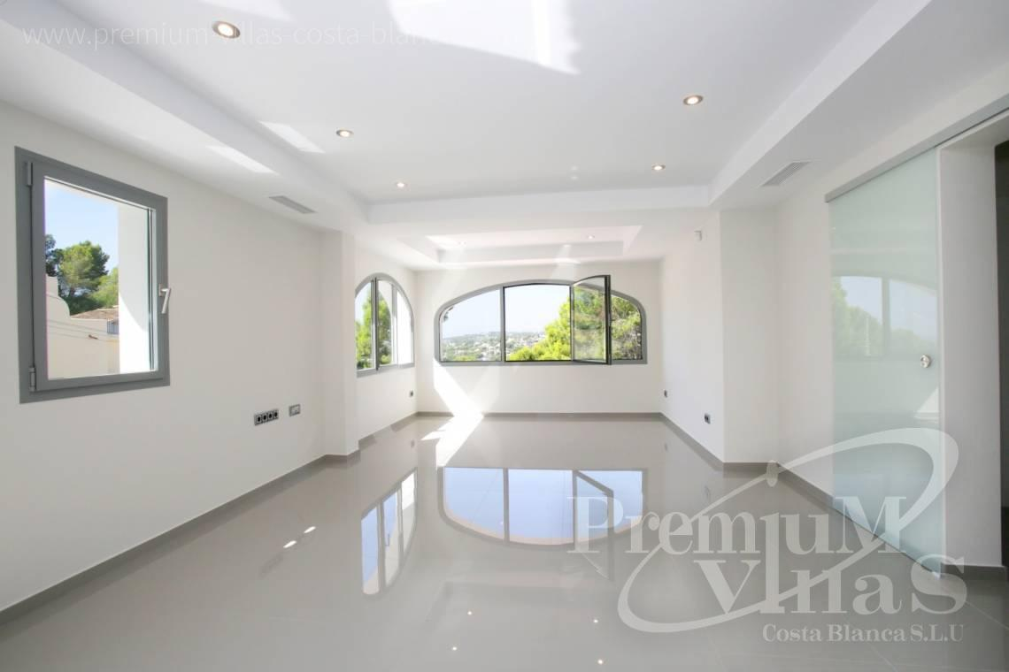 - C2451 - Modern house with sea views in Moraira 8