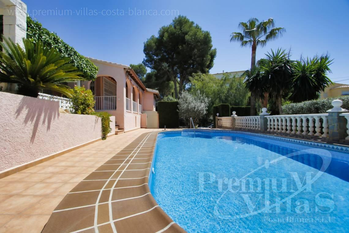 - C2129 - Privately located villa with sea view and beautiful garden in Altea 3