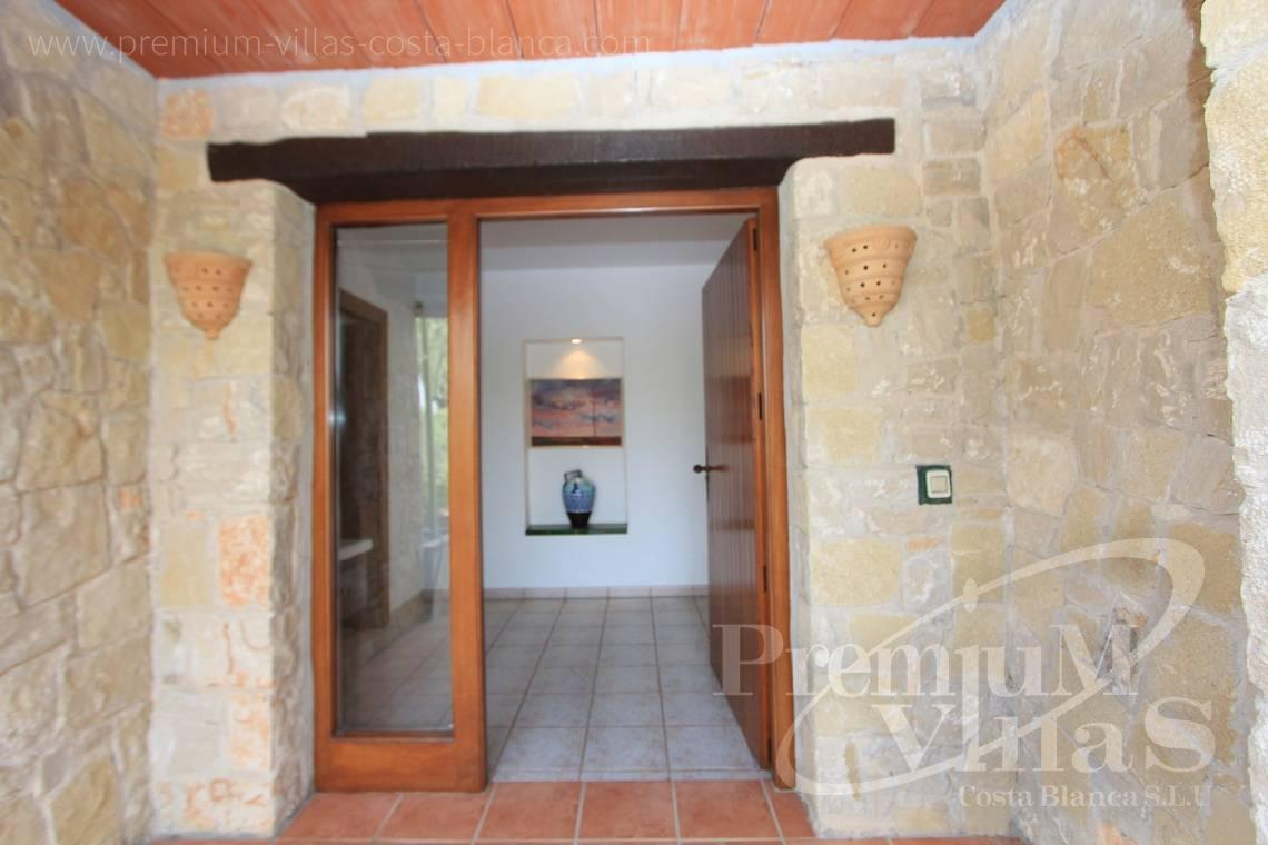 - C1835 - Well maintained stone finca in Benissa with nice sea views! 10
