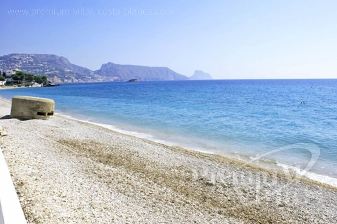 Buy apartment in Cap Negret Altea - AC0615 - First line beach apartment in Altea 2