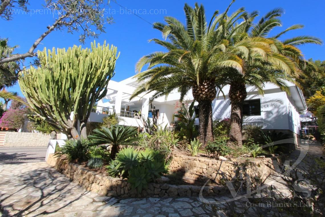 - C1765 - Modern villa at the golf course in Altea with panoramic views 9