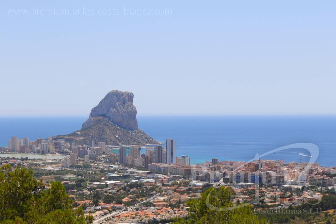 Buy modern villa with sea views in Calpe Costablanca  - C2103 - Modern house built on one floor with breathtaking sea views 4