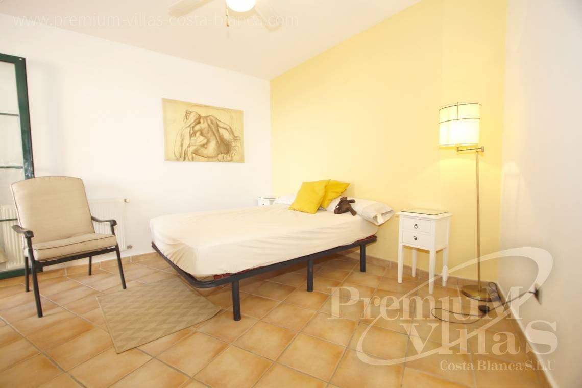 - A0584 - Apartment at the see front, close to all amenities in Altea 12