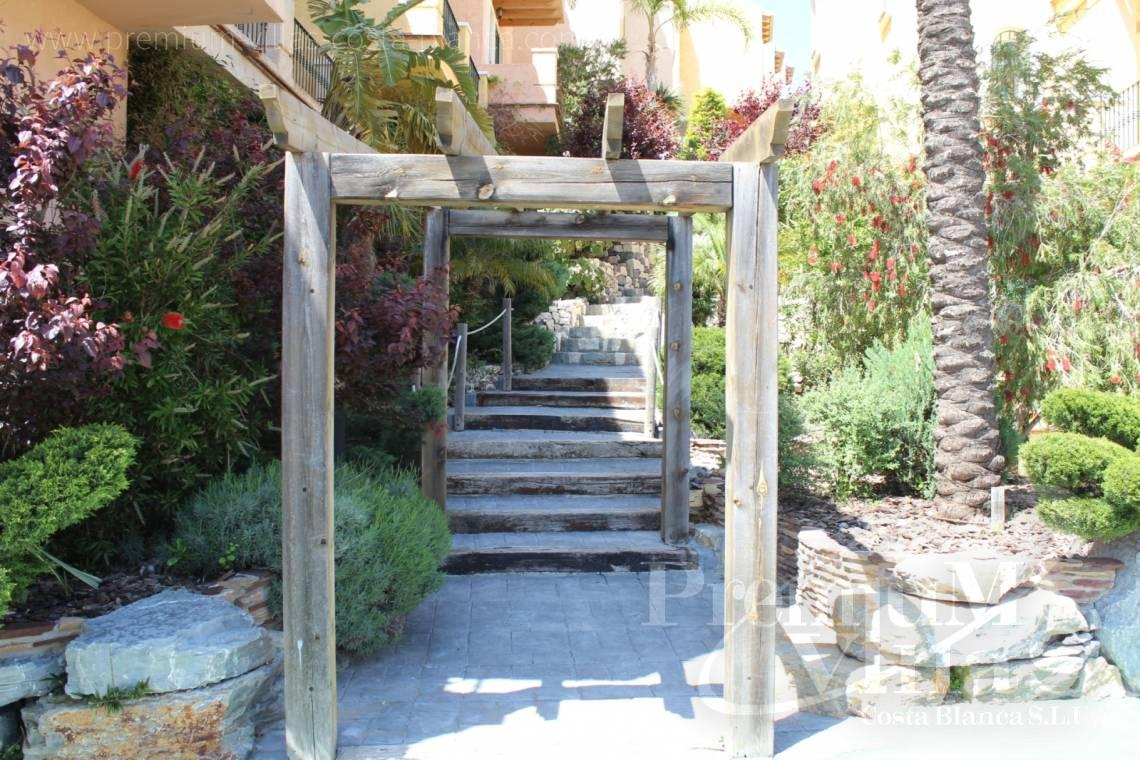 - C2086 - Cosy townhouse with wonderful sea views in the Sierra of Altea 5