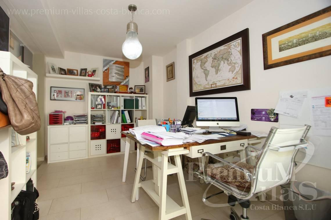 - A0552 - Beautiful and spacious penthouse in Mascarat 19