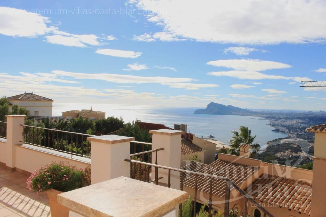 Villas for sale with sea views in Altea - C1884 - Luxury villa with great sea views and guest apartment in Altea Hills! 4