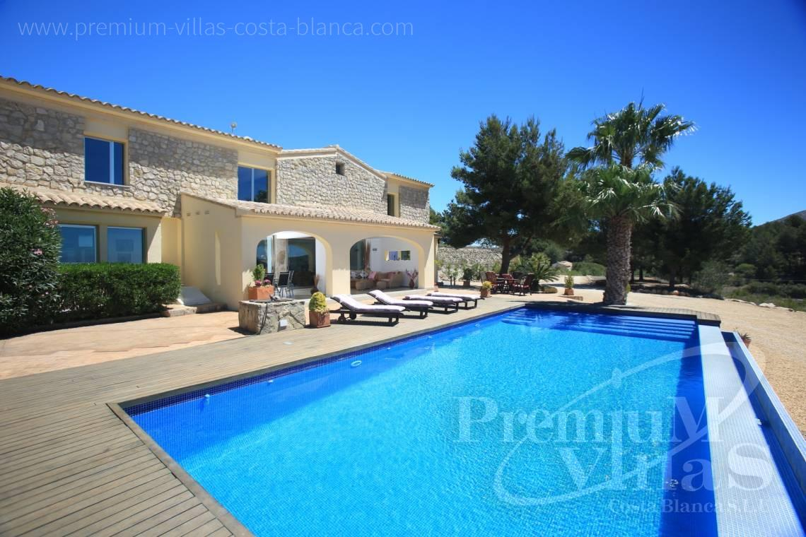 buy house villa Moraira Costa Blanca - C2199 - Moraira: Beautiful villa surrounded by vineyards with beautiful sea views. 3
