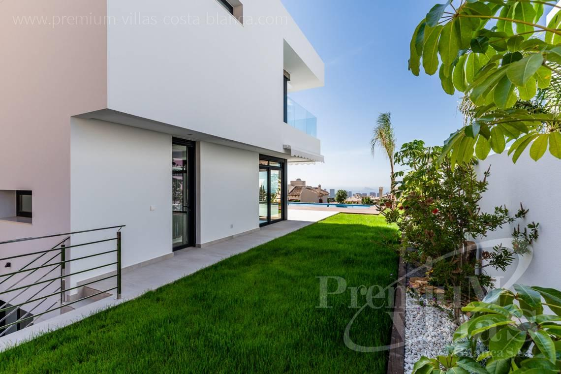 - C2300 - Modern villas with guest apartment in Finestrat 23
