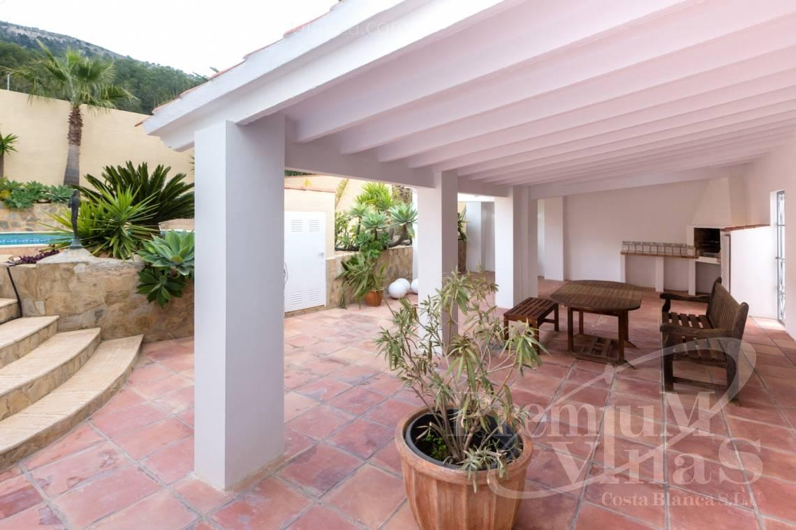 - C2210 - Albir: Completely renovated villa with stunning mountain views. 7