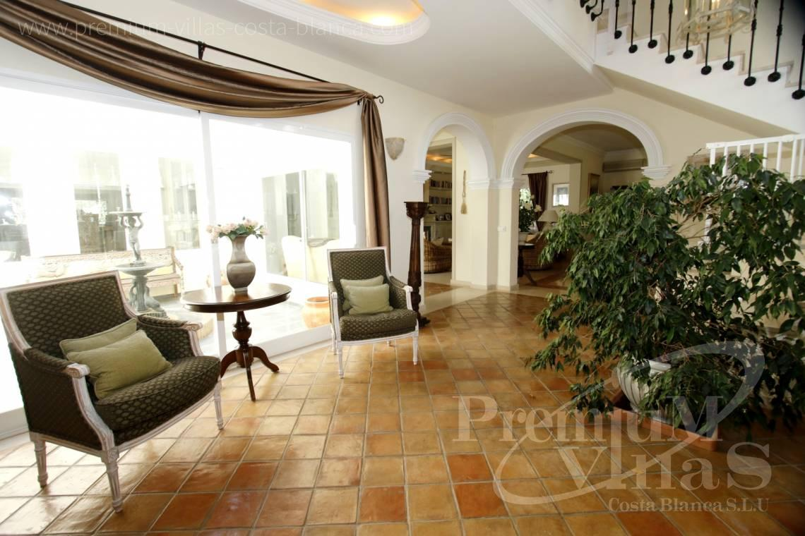 - C2157 - Huge villa in Altea very close to Don Cayo Golf Course 9