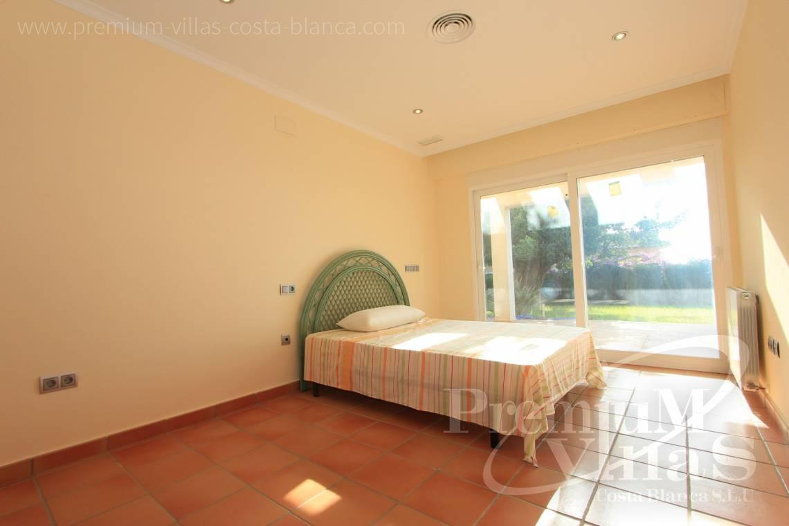 - C1700 - Spacious villa in Calpe for sale near the center 12