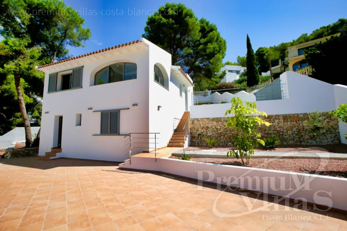 - C2451 - Modern house with sea views in Moraira 22