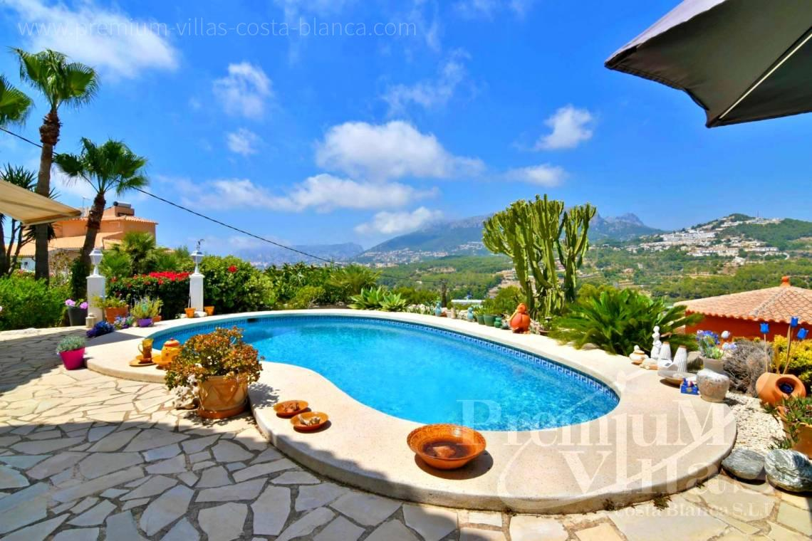 Buy villa with heated pool in Calpe Costa Blanca - C2114 - Villa with heated pool and spectacular mountain views in Calpe 4