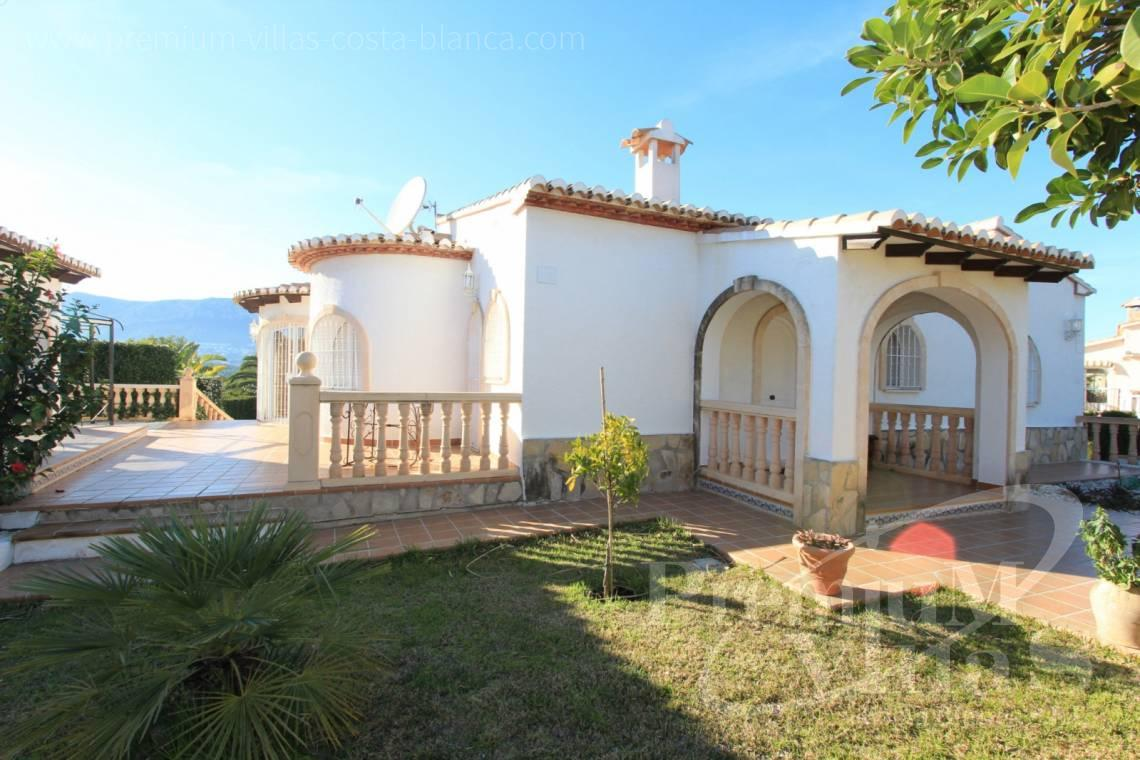 buy 4 bedrooms house villa Calpe Costa Blanca - C1300 - Villa with mountain views near the sea in Calpe for sale 2