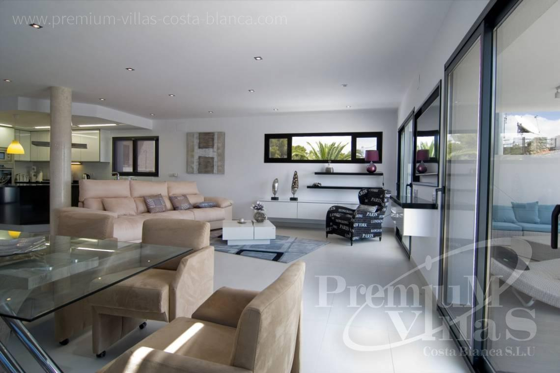 - C2002 - Modern villa for sale near the sea 9