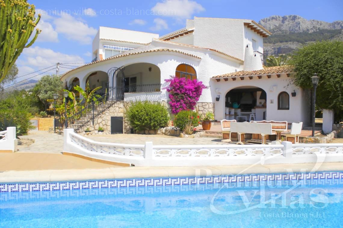 Villas for sale with sea views in Altea - C2162 - Villa in Altea with guest apartment and sea views 1