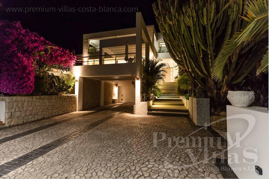 - C1765 - Modern villa at the golf course in Altea with panoramic views 35