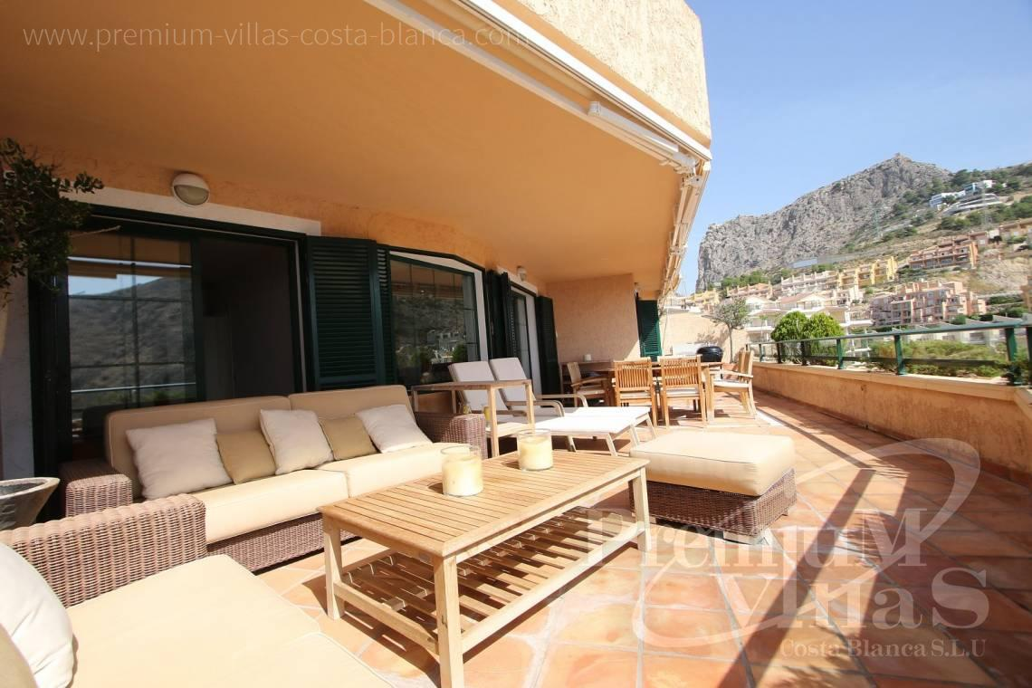 - A0554 - First sea line apartmet with spacious terrace 3
