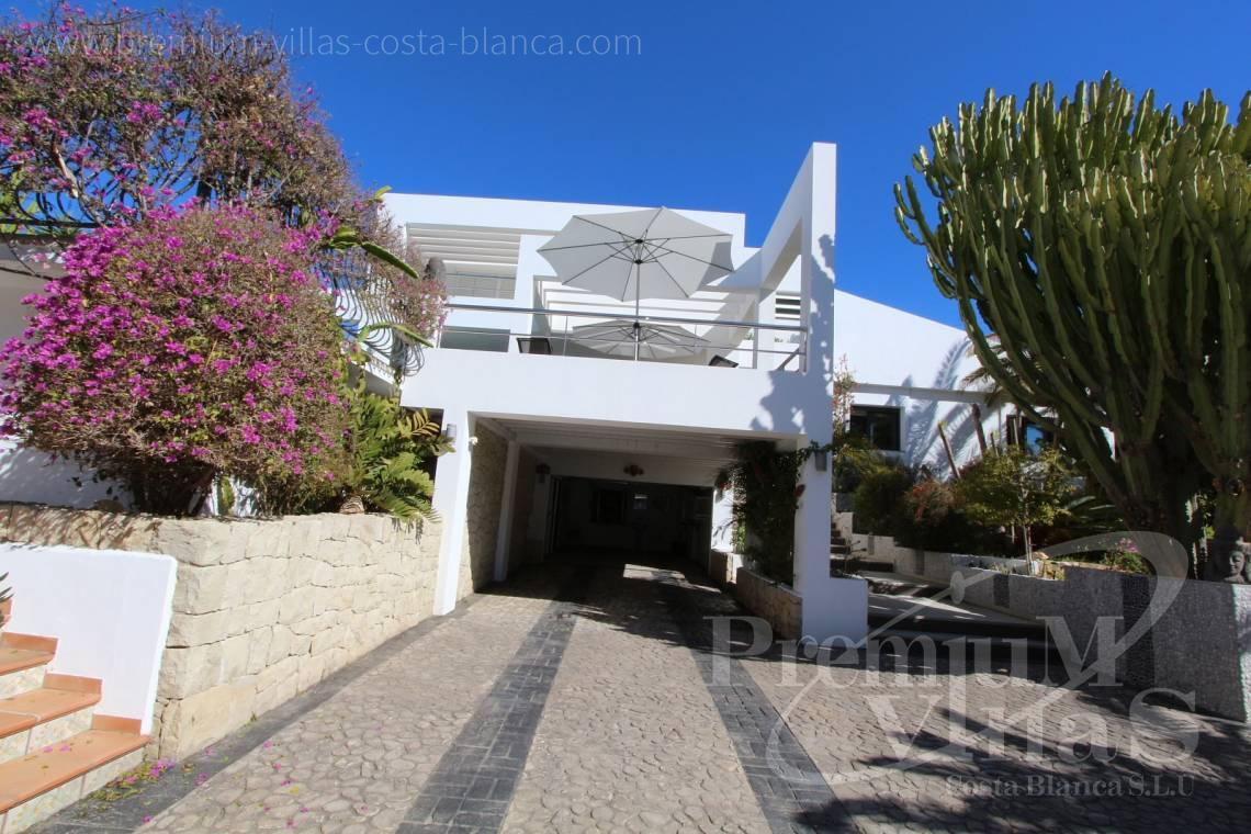 - C1765 - Modern villa at the golf course in Altea with panoramic views 8