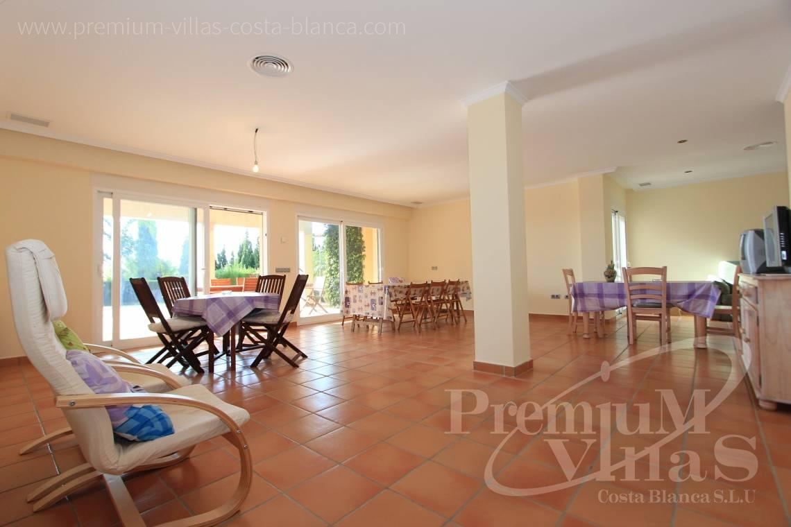 - C1700 - Spacious villa in Calpe for sale near the center 11