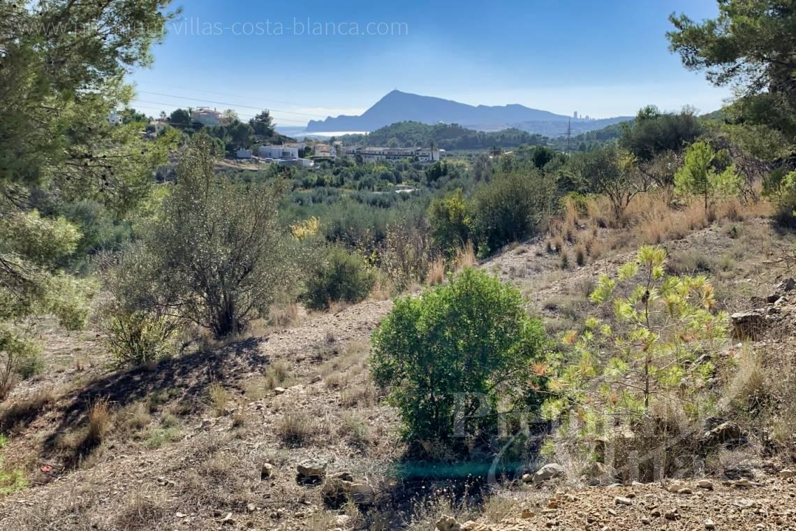 - 0221G - 16.300m2 rustic plot with sea views in Altea la Vella 1