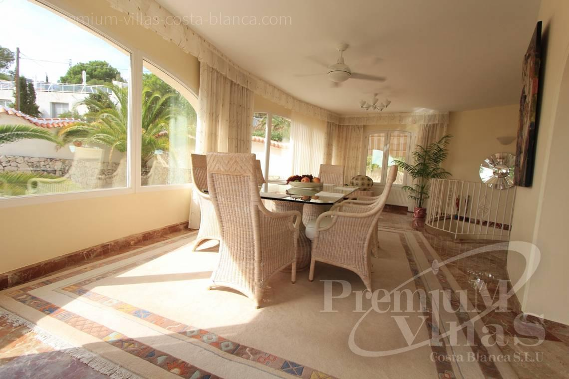 C1984 - Villa for sale close to the beach with a guest apartment and nice sea view 11