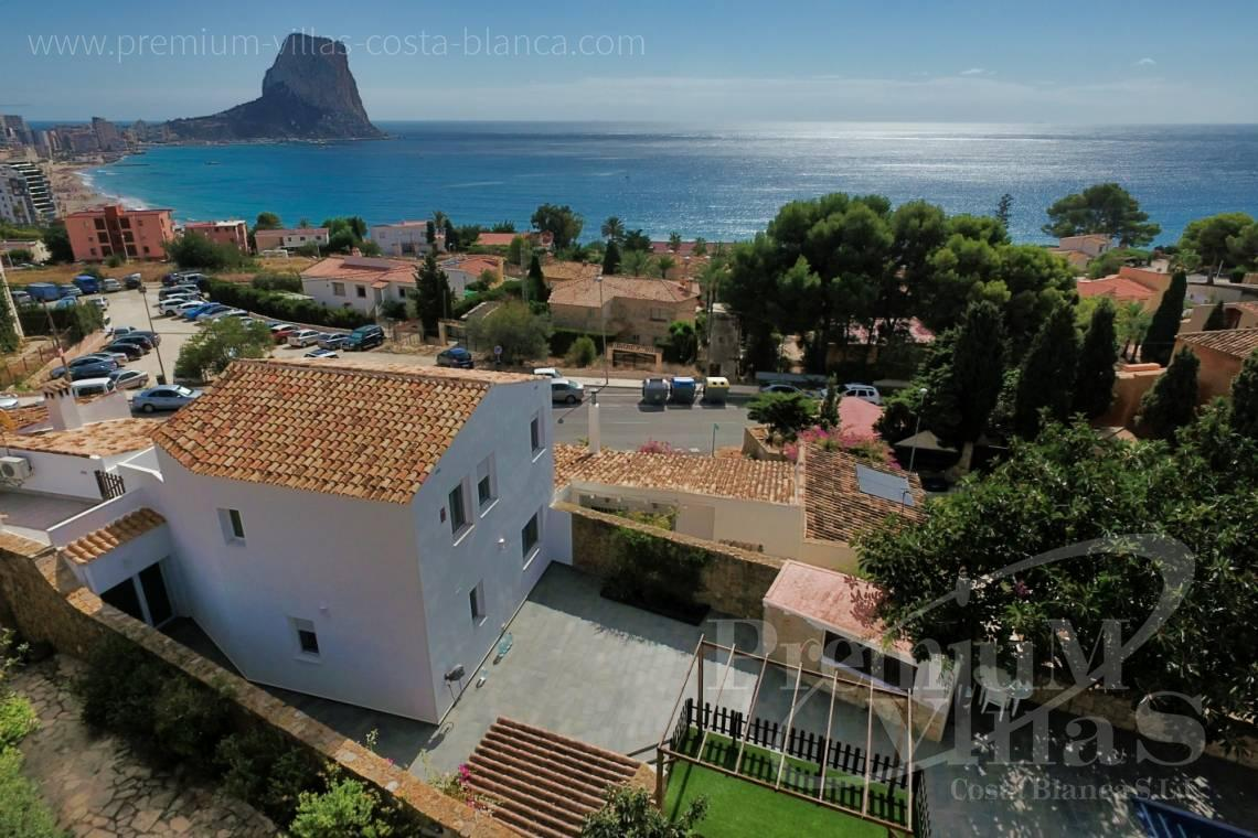 House villa for sale Calpe Costa Blanca - C2222 - Villa in the centre of Calpe, 200m from the beach 1