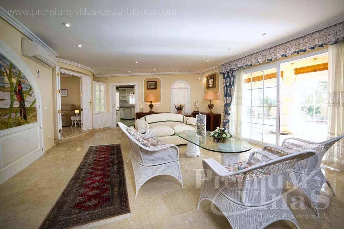 - C2028 - Beautiful and spacious villa with sea and mountain views 7